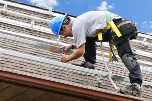 Chuyên nhận sửa chữa mái tôn
