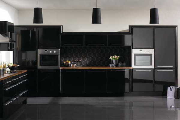 Tủ bếp acrylic đen sang trọng